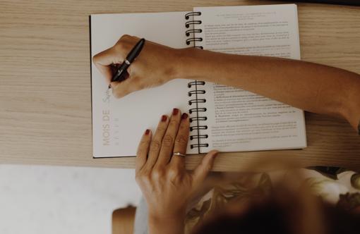 MyblueprintVF - Planner Non Daté Rewrite Your Story Agenda Rêves Développement Personnel Slow Living Semaine Hebdomadaire - thematique mensuelle